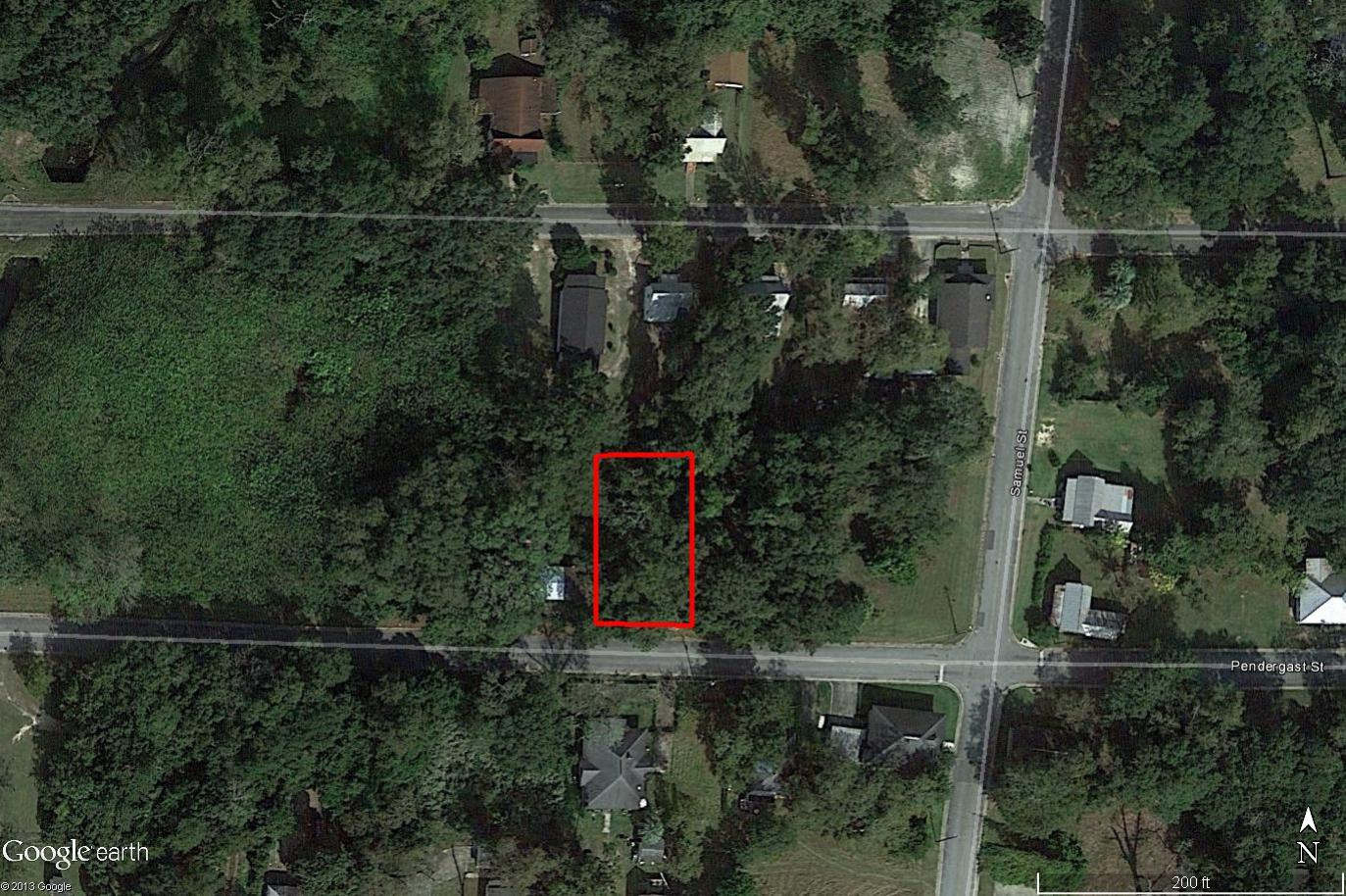 Beautiful Neighborhood Lot in Waycross, Georgia - Image 1