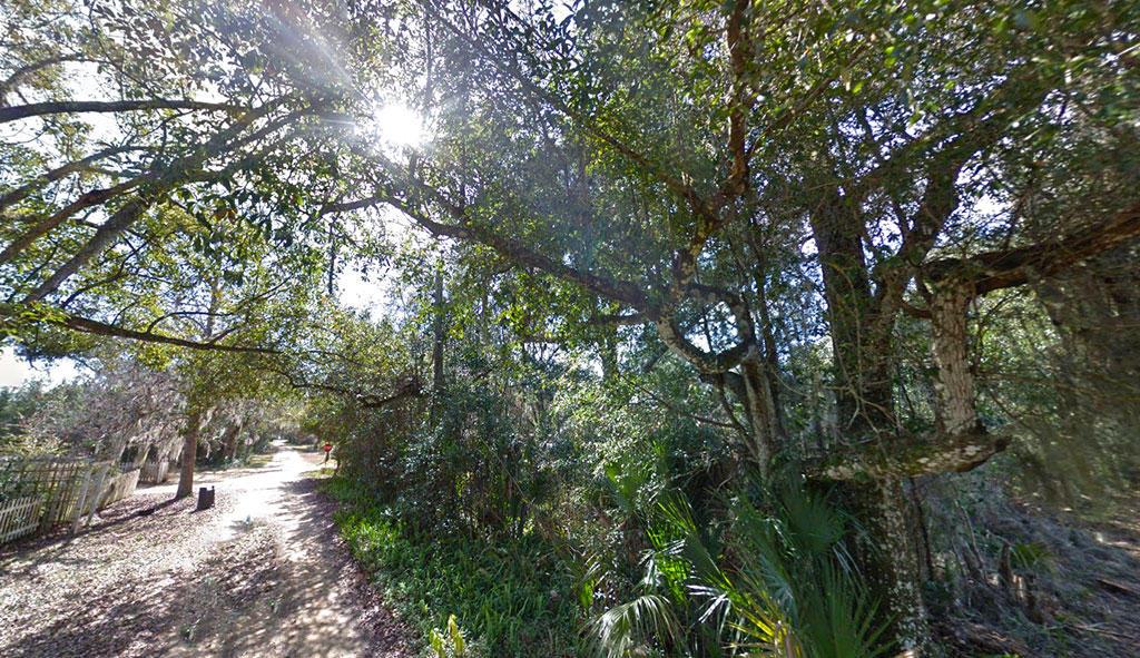 Corner Lot off of Tropic Avenue - Image 2