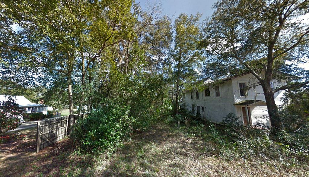 Corner Lot off of Tropic Avenue - Image 4