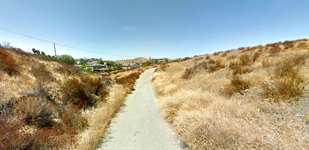 California Homesite Close to Town - Image 3