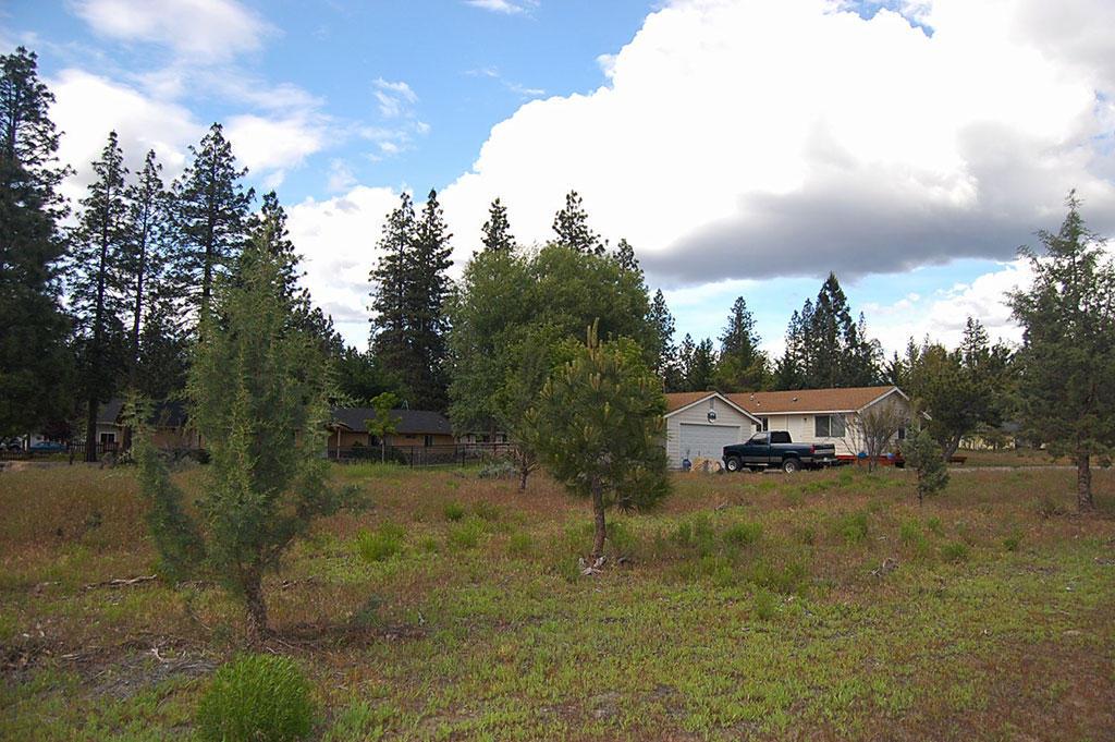 Classic Northern California Property in Lake Shastina - Image 2