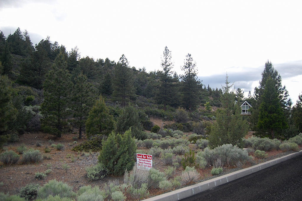 California Residential Lot with Utility Hook ups Available - Image 3