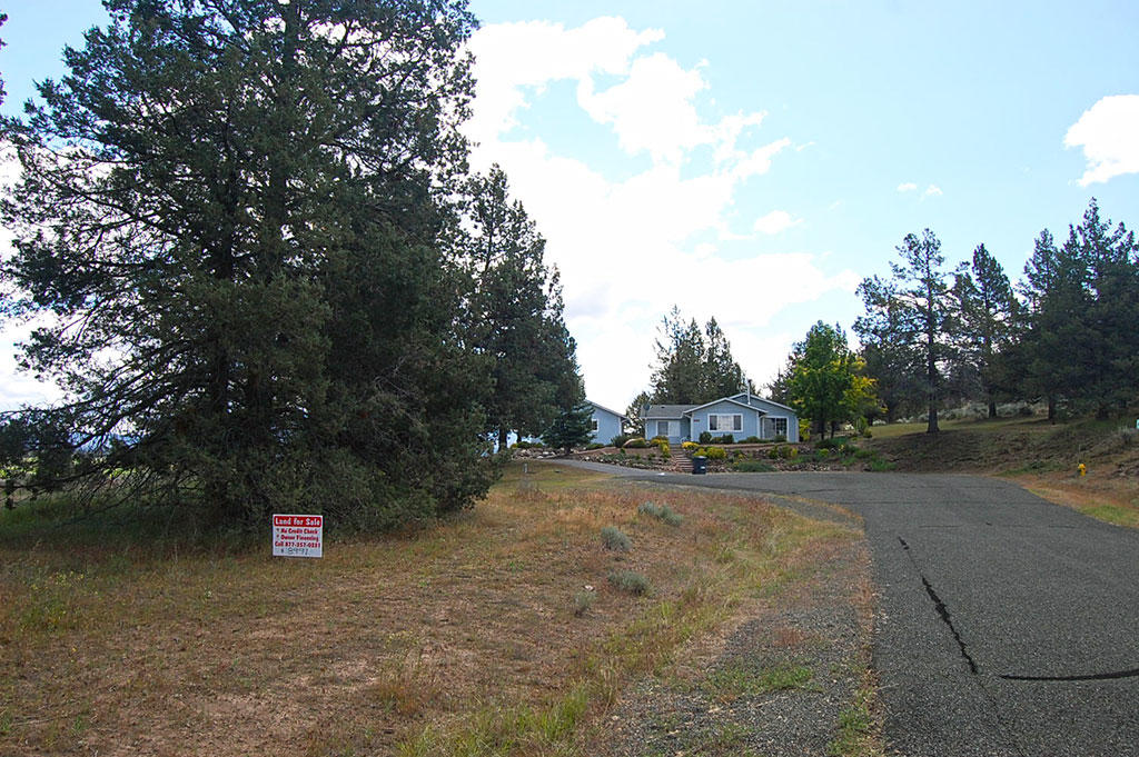 Gorgeous lot in Northern California with Tons of Amenities - Image 5