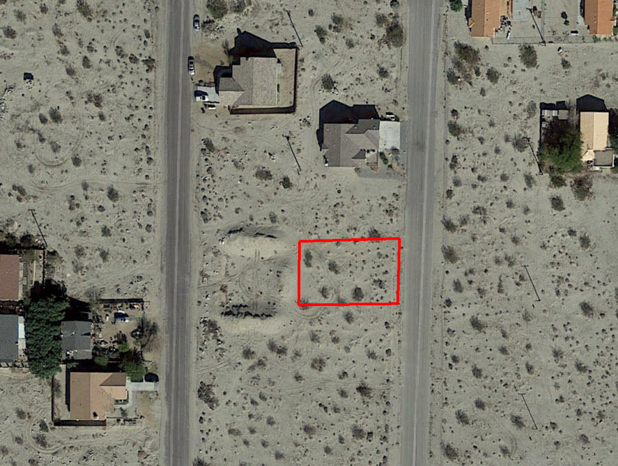 Quaint Lot in Desert Hot Springs with Beautiful Mountain Views - Image 1