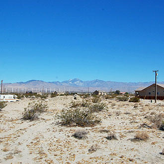 Quaint Lot in Desert Hot Springs with Beautiful Mountain Views - Image 0