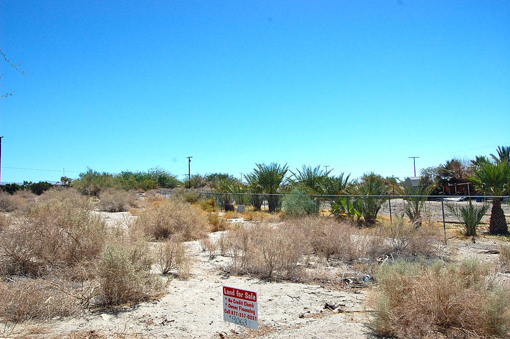 Large Lot Homesite in Desert Oasis - Image 5