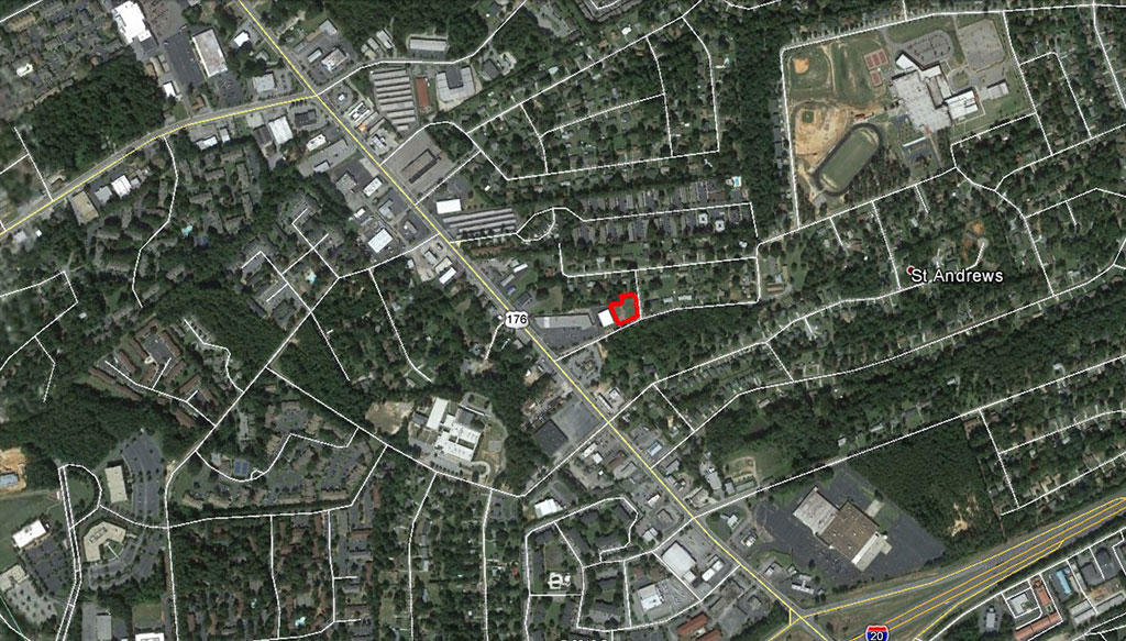 Large City Lot Zoned for Commercial and Residential Use - Image 3