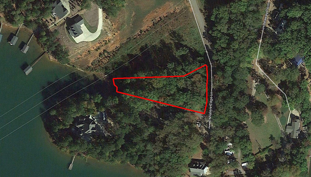 Half Acre Lot on Lake Keowee inside of Waters Edge Subdivision - Image 2