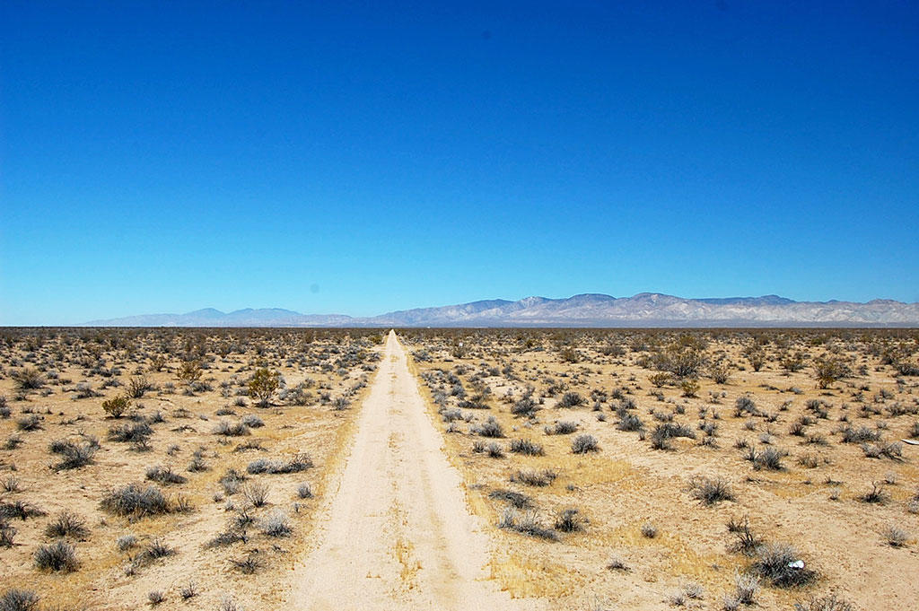 Over Two and a Half Acres in California City - Image 4