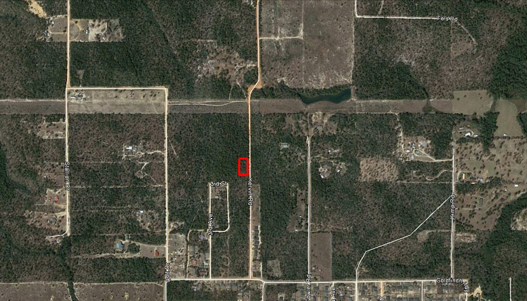 Rural Tree Covered Property in Crestview Florida - Image 2