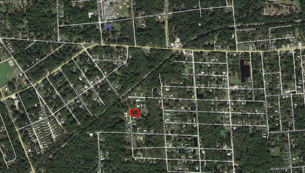 Residential Lot Five Miles From The Beach - Image 2