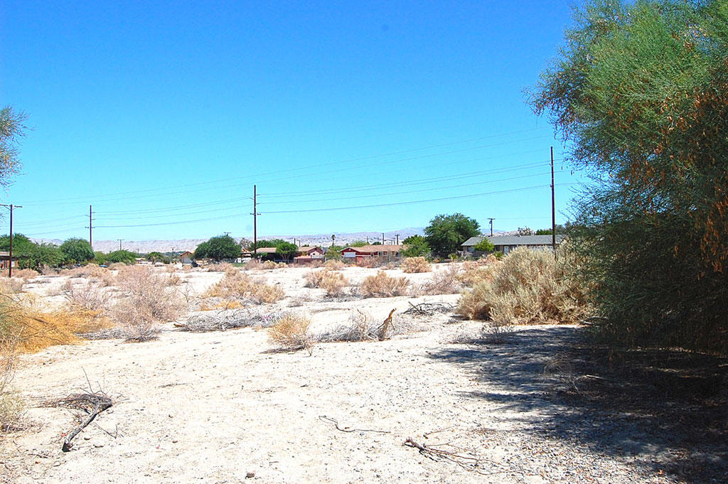 Residential Property Less Than a Mile From the Salton Sea - Image 2