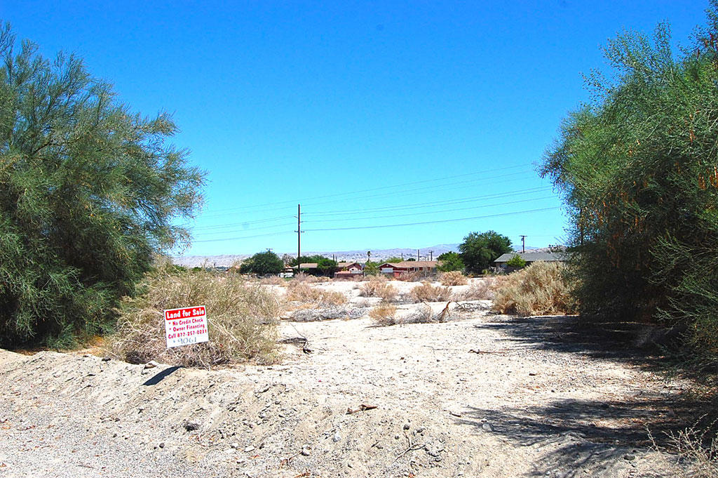 Residential Property Less Than a Mile From the Salton Sea - Image 4