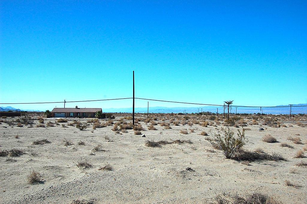 Refuge in laid-back Salton City near the lake - Image 2