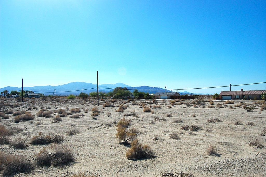 Refuge in laid-back Salton City near the lake - Image 3