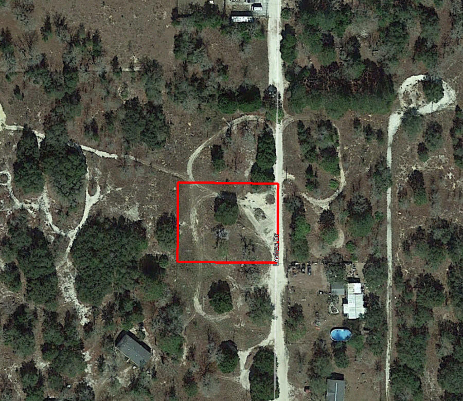 Half Acre in Forest Hills Perfect for Your Mobile Home - Image 1