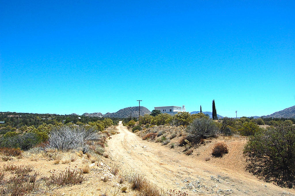 1 Acre Residential Lot in Riverside County - Image 3