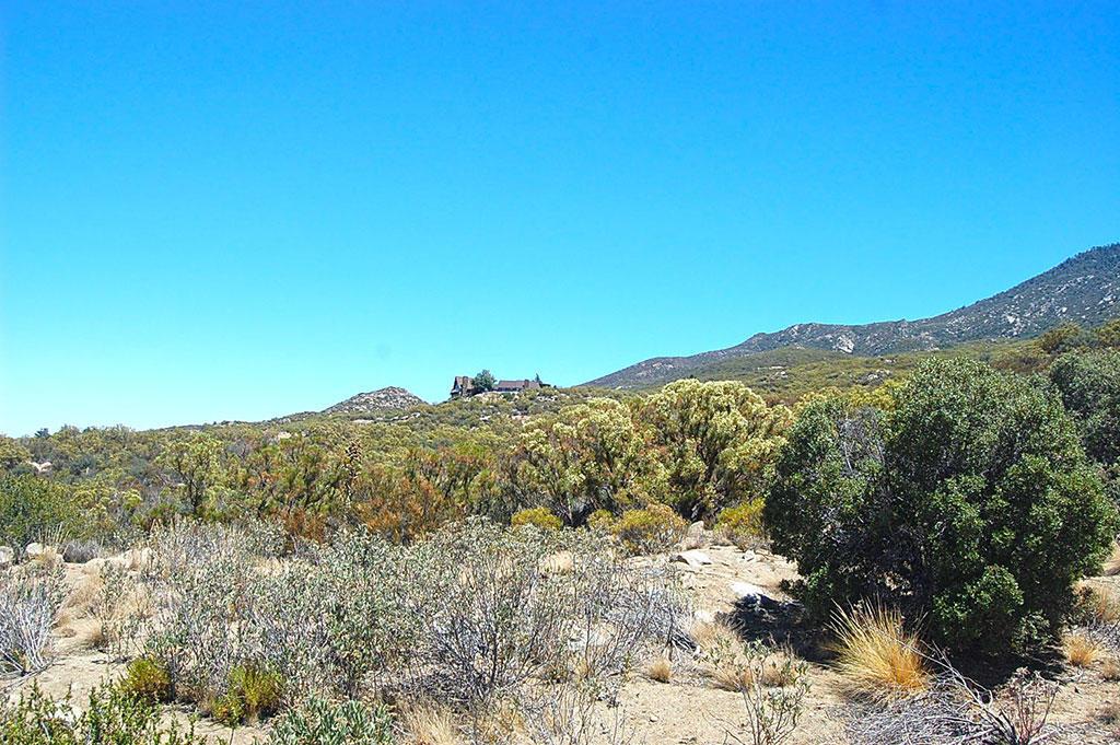Great Corner Lot in Mountain Center in California - Image 3