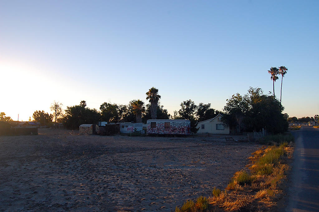 Large Corner Lot in Alpaugh California - Image 2