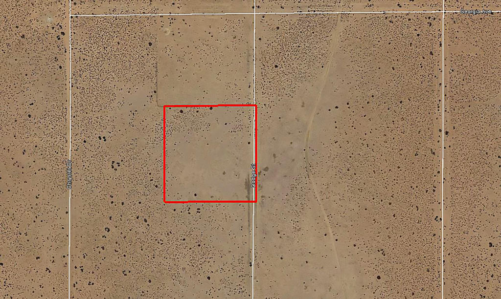 Two and a Half Acres in Edwards California - Image 2