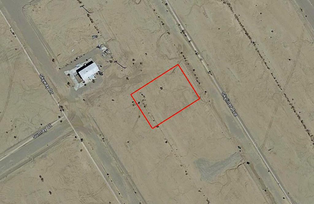 Quarter Acre Parcel Near Hwy 86 South of Salton City - Image 2