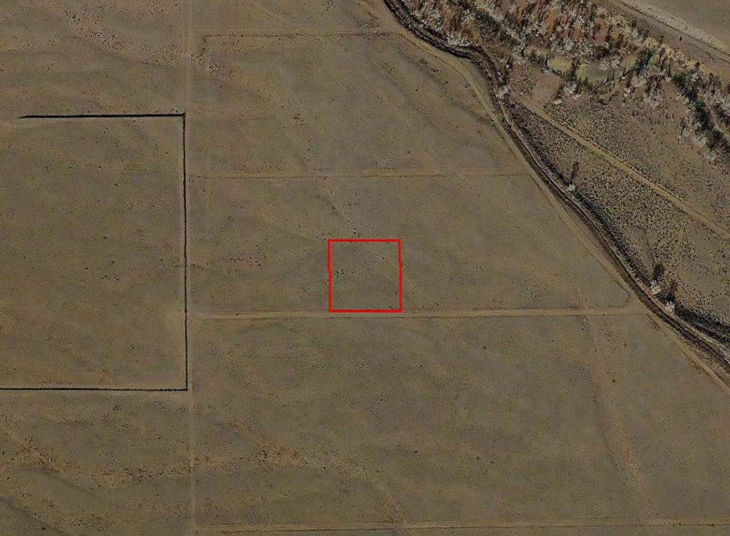 Remote Property Near the Alamosa River - Image 2