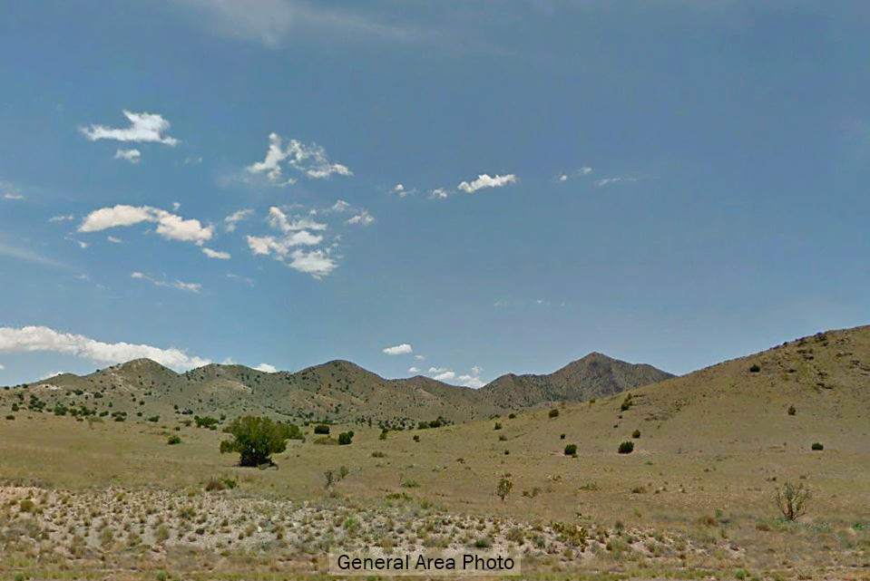 One Acre Refuge in Private Area of New Mexico - Image 4