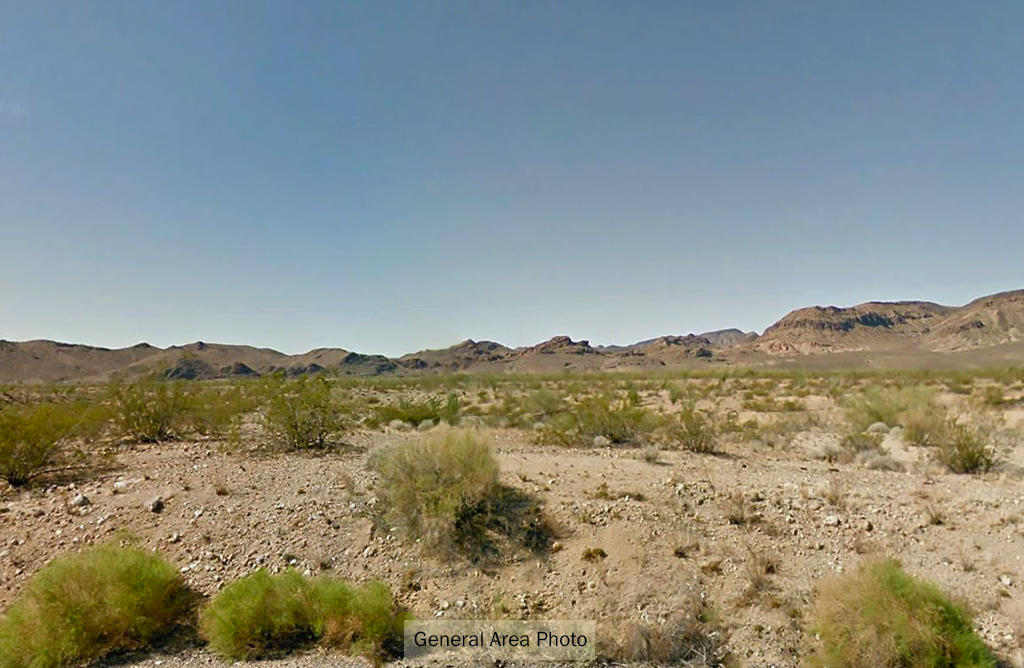 1+ Acre Desert Hideout Less than 10 Miles from Yucca - Image 3