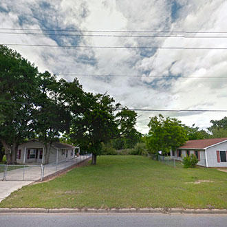 Small Residential Lot in Well Established Neighborhood in Pensaco - Image 0