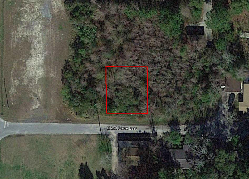 Small Manufactured Home Lot next to Park - Image 2