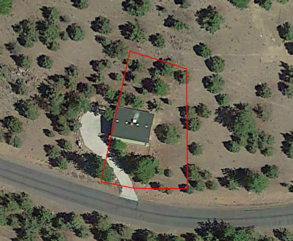 Residential Lot Near Lake Shastina in California - Image 2