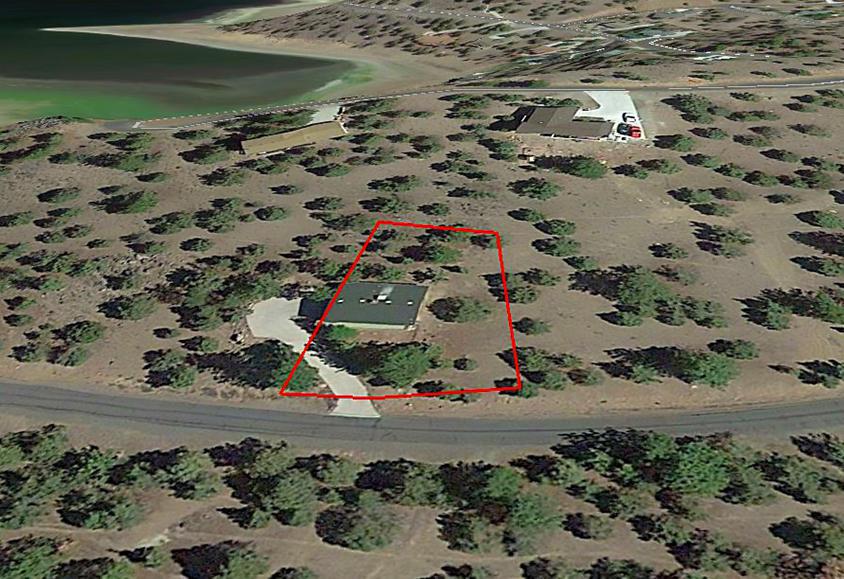 Residential Lot Near Lake Shastina in California - Image 3