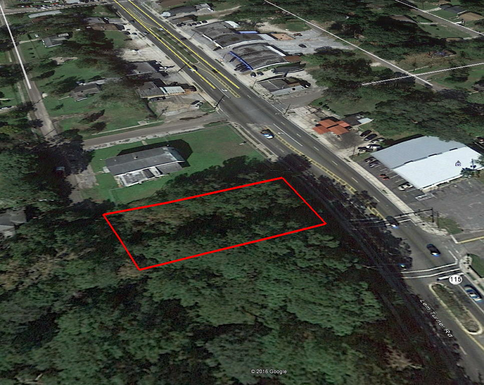Property in Jacksonville Just Minutes from Ribault River - Image 1
