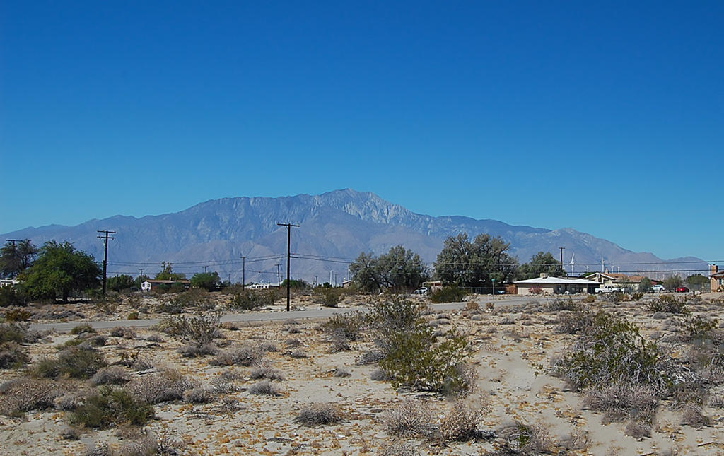 Great Mobile Home Spot in Sunny California - Image 4