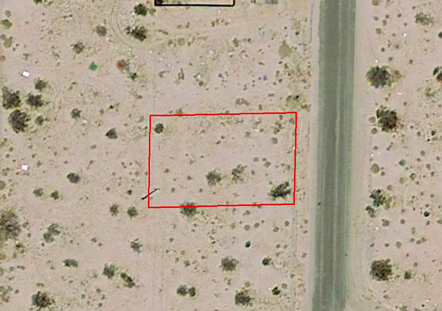 Great Views from this lot on the outskirts of Desert Hot Springs - Image 1