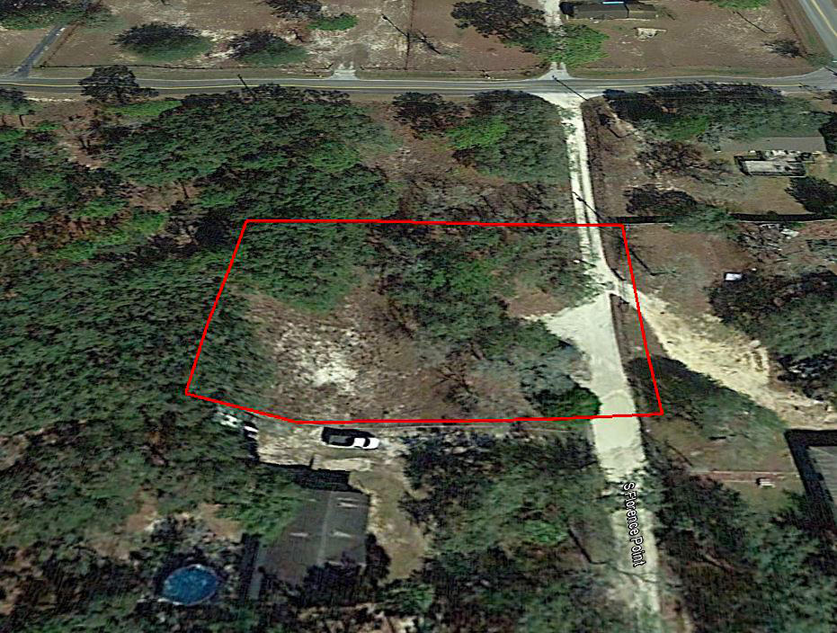 Over a Half Acre in Homosassa Florida - Image 2
