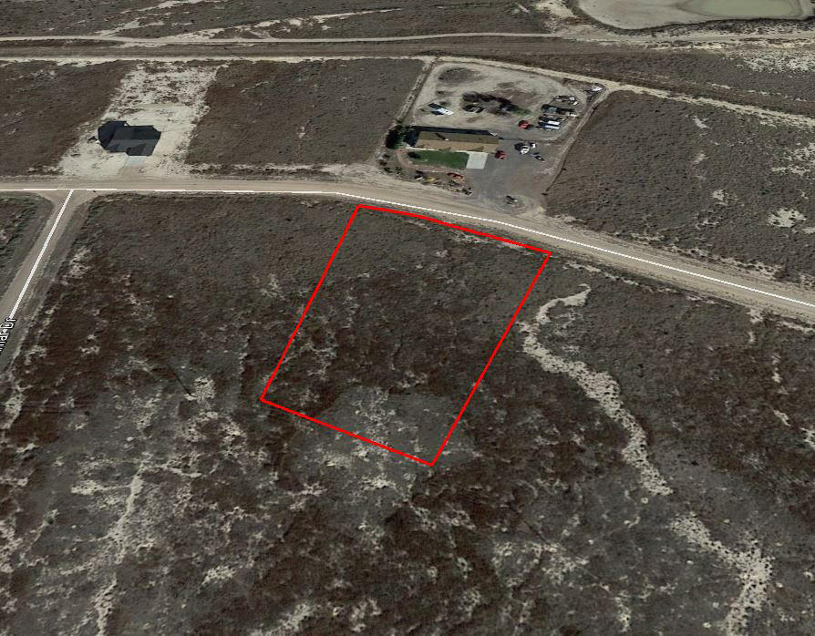 Over an Acre with Scattered Neighbors in Pueblo West - Image 3