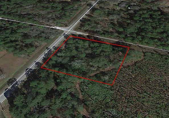Tranquil Corner Lot located 1 Mile From The Saint Johns River - Image 2