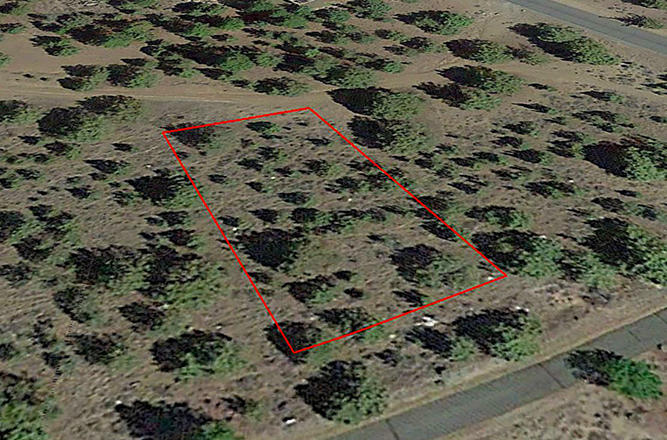 Beautiful Lot Between Golf Course and Lake with Great Views - Image 3