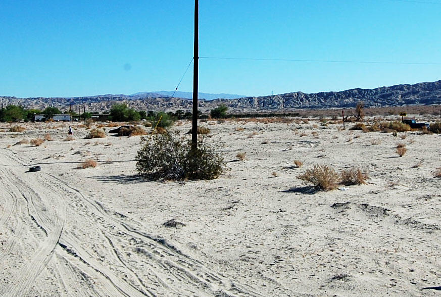 Prime Real Estate in Peaceful Desert Community - Image 3