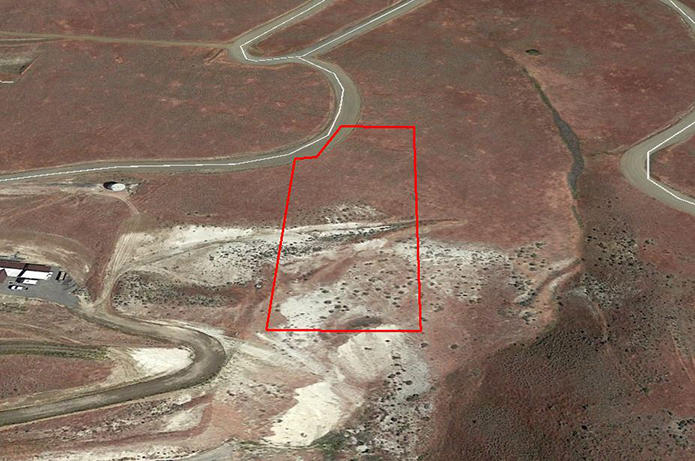 2 Acre Residential Land Near Yakima - Image 3