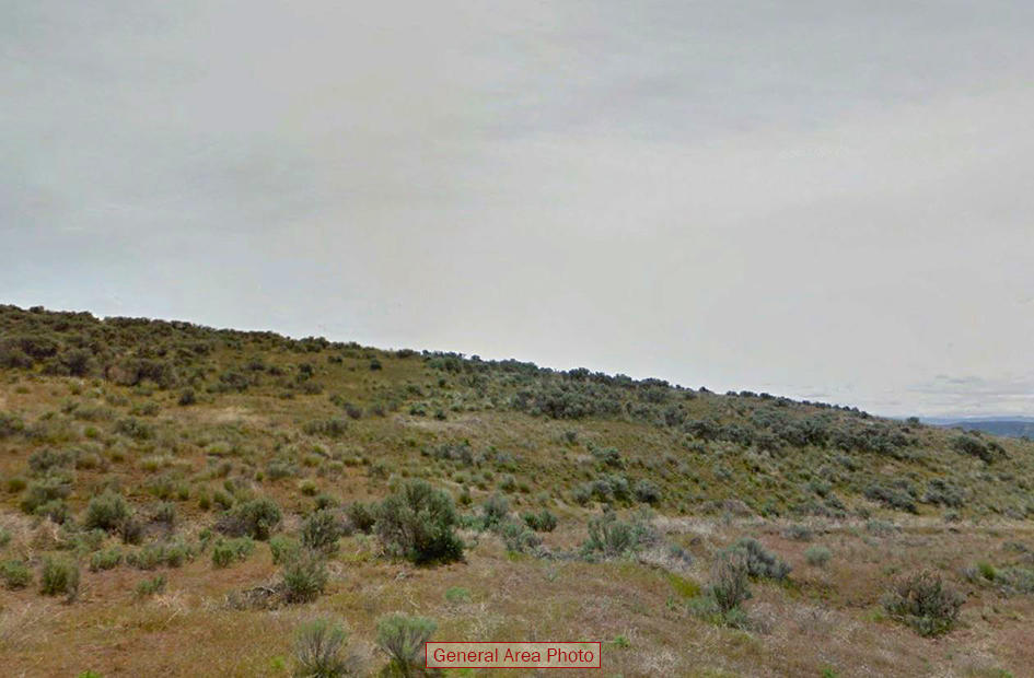 2 Acre Residential Land Near Yakima - Image 4