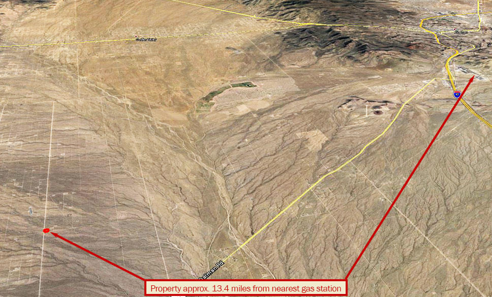 Nearly Two Acre Property Half an Hour from Kingman - Image 3