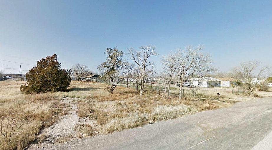 Prime Land Opportunity in Desert Oasis - Image 4