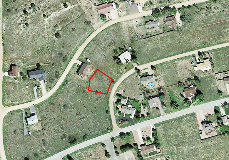 Colorado City Parcel Close to Utilities, Less than a mile from Beckwit - Image 1
