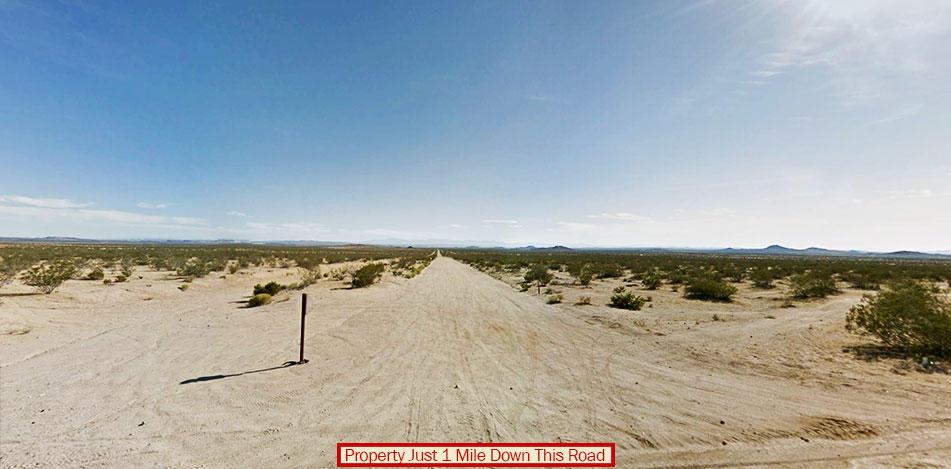 Rare Gem Hidden in California Desert - Image 4
