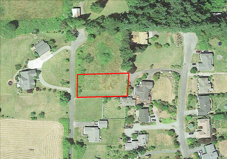 Nearly Half Acre on Famed Whidbey Island - Image 1