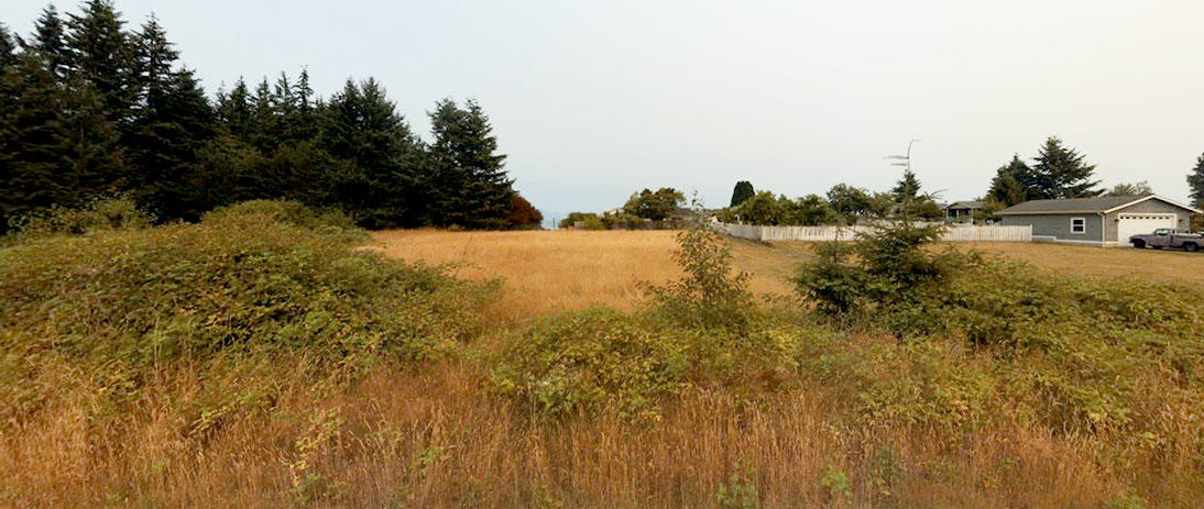 Nearly Half Acre on Famed Whidbey Island - Image 4