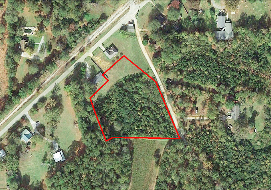 Amazing 3 Acres with Southern Charm - Image 1