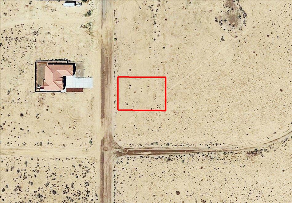 Amazing Land Opportunity on Quarter Acre - Image 2